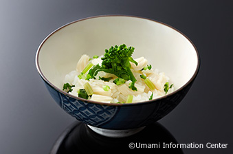 3. Shingo SONOBE, the young owner of Yamabana Heihachi-Jaya : UMAMI-RICH RICE WITH SCALLOP AND CHOPPED GREEN VEGETABLES
